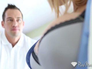 Puremature - horký guy interviewed a fucked podle busty máma jsem rád šoustat alyssa lynn