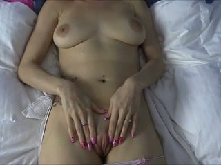 Lelu 爱 rubs 您的 新鲜 附带 上 她的 的阴户 为 一 大 o