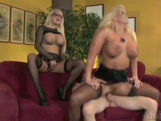 Alura jenson e jacky joy two grande titted blondes having shaged