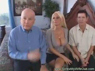Blondy moglie creampie drips