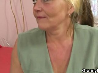Vana blond mesi has pounded