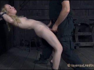 Torturing a smulkutė sweetheart