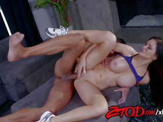 Kendall karson stacked a packed, zadarmo porno c3