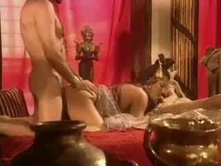 Holly tubuh has seks di egypt