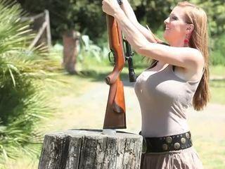Jordan carver ar arma
