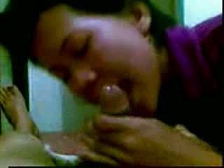 Indoneesia masseur sisse malaysia