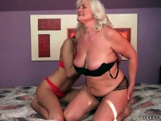 seks lesbian, tua dan muda, hd porn