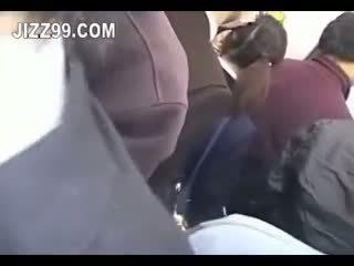 Jaapani koolitüdruk creampie perses sisse rong 02