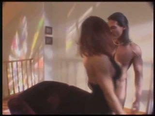 La sexo starved artist & pechugona ama de casa