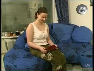 Ji loves the clean skustis - julia reaves