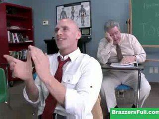 Seksas mokytojas diamond kitty