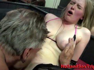 Проститутка gets лизання ануса і кінчання