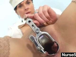 Amateur milf nurse naughty pussy stretching on gyn
