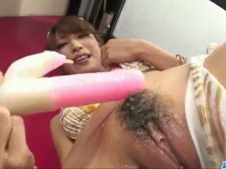 Sladký aya sakuraba plays s hračky v hrubý ways