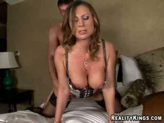 Devon lee - devon mărci jordan plăti pentru stumbling în ei cameră pe accident de procesul de luare a îl la dracu ei pizda pentru ei liking.