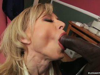 Interracial anal avec milf nina hartley