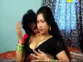 Indijke tamil zreli aunty fukanje s ji boyfriend