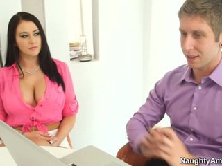 Bigtitted ブラック haired alexis grace receives python