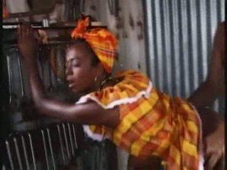 Afričanke čokolada muca video