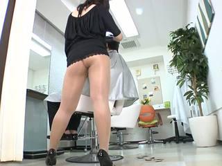 Reiko nakamori sexy barber in kathok jero