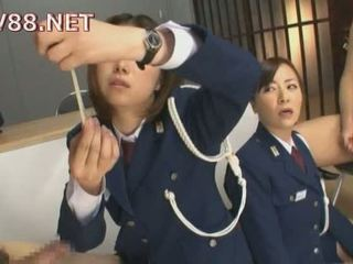 Japonez female inchisoare guards la dracu lor inmates