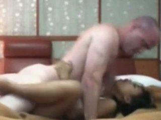 Indonéziai takarítónő having első idő szex -val fehér fasz