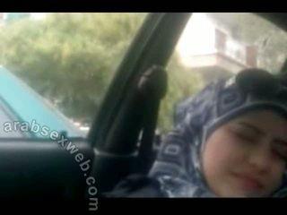 Słodkie arab w hijab masturbating-asw960