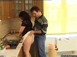 Fett fittor köks golv fan, fria stora vackra kvinnor porr 81