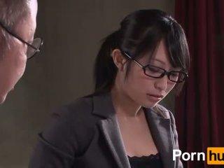 Showa hayır ol zenpen - sahne 1
