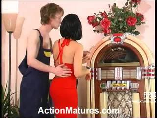 Mezclar de sexo cerca a tobias, alana, juliana