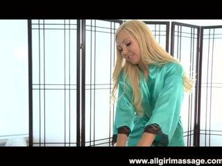 Aaliyah amor lesbianas masaje