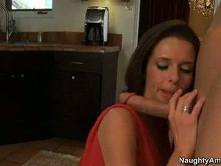 bruneta skontrolovať, ideálny hardcore sex ideálny, vy fajčenie