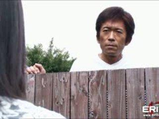 Milzīgs krūtis japānieši meitene nākamais durvis hanna tied un zīle fucked