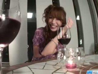 שתוי aya sakuraba gets נבזי עם שלה רטוב כוס