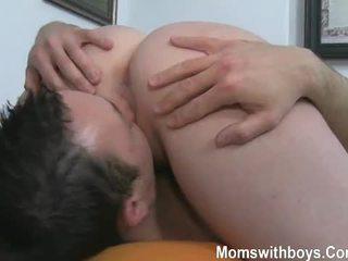 rasée, 69, big-seins