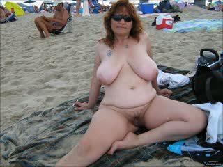 bãi biển, grannies, matures