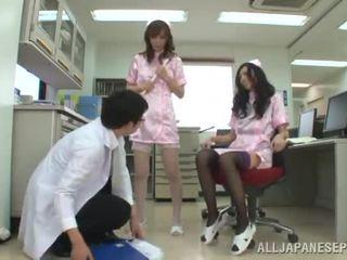 Piste of näkymä 3 jotkut yhdessä noin two sorja kiinalainen nurses