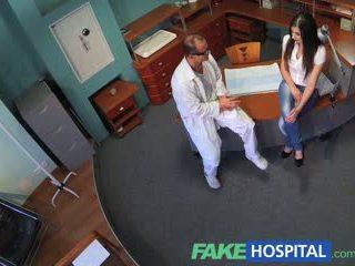 Fakehospital sexually inexperienced bịnh nhân wants doctors con gà trống đến được cô ấy fi