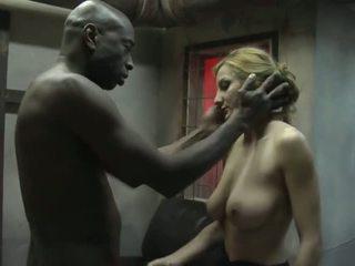 지하 감옥 매춘부
