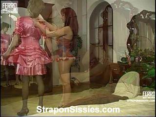 सब कट्टर सेक्स हॉट, मुख्यालय महिलाओं का दबदबा ऑनलाइन, स्ट्रैपआन गुणवत्ता