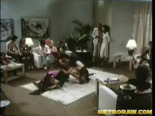 브루 넷의 사람, 하드 코어 섹스, 그룹 섹스