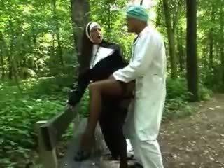babes, utendørs, nun