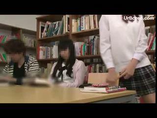 女子生徒 掘削 バイ 図書館 geek 15