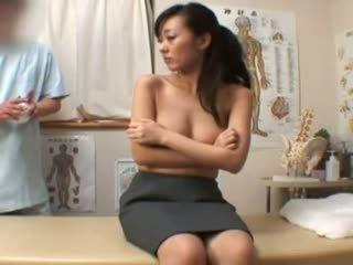 Spycam moda modella climax massaggio