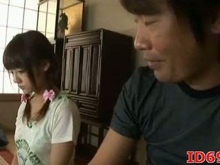 Japoneze av model gets fingered