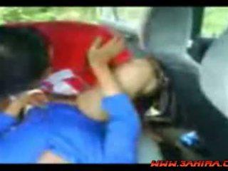 Индонезийски painful майната в а кола