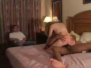 Couples yrittää ensimmäinen aika fliming aisankannattaja kokemus kanssa bull