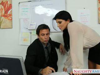 ऑफीस बेब romi रेन फक्किंग