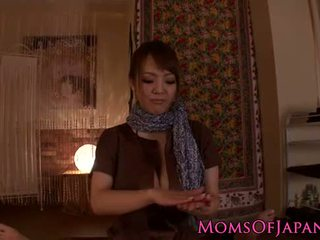 Hitomi tanaka gives ইন্দ্রিয়পরবশ pov মালিশ