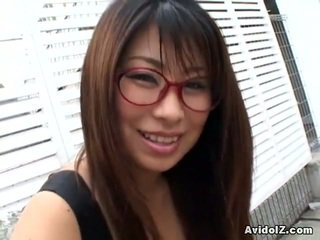 Asiatiskapojke mimi kousaka gives den fin muntlig fan